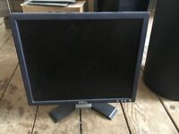 USED DELL PC LAPTOP COMPUTER MONITOR