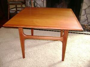 Danish modern teak end/coffee table