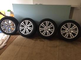 RANGE ROVER VOGUE ALLOY WHEELS WITH TYRES