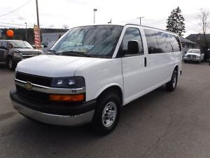 2013 Chevrolet Express 3500 LS *LOW KM* *15 PASSANGERS*
