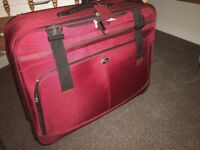 30 inches luggage for traveling with lock, good quality, good condition