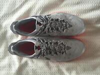 CHAUSSURE NIKE ZOOM TAILLE 10.5US