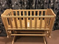 Excellent condition rocking crib