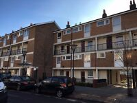 DOUBLE ROOM TO RENT NEXT TO ALL SAINTS DLR 5 MINUTES FROM CANARY WHARF IDEAL FOR PROFESSIONAL