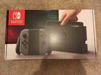 Nintendo Switch + Case + Mario Kart