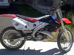 HONDA CR 125R. UP FOR SALE