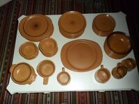 PURBECK POTTERY DINNER SERVICE IN 'TOAST' - EXC. CONDITION (NO CHIPS/CRACKS)