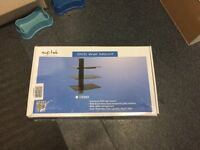 Wall mounted glass stand for dvd entertainment system bnib