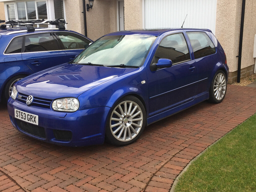 golf r32 mk4 pearl blue need to sell in perth perth and kinross gumtree. Black Bedroom Furniture Sets. Home Design Ideas