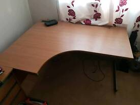 Office corner desk (left handed)
