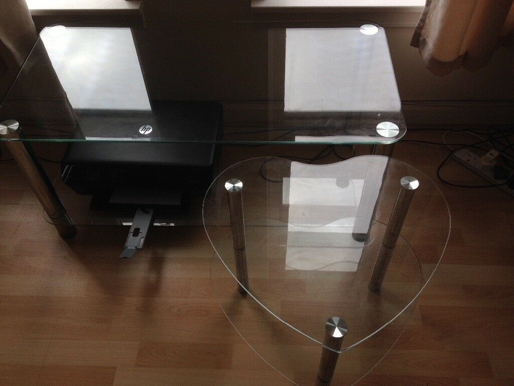 Set Of 3 Glass Tables Tv Stand Coffee Table Heart Shaped Side