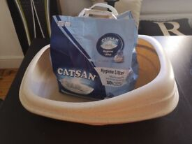 Cat Litter Tray - Comes with Catsan Hygiene Litter