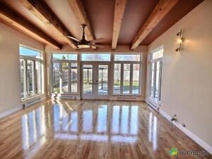 698 000$ - Quadruplex à vendre à Longueuil (Vieux-Longueuil)