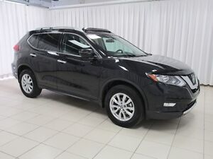 2018 Nissan Rogue IT'S A MUST SEE!!! SV AWD SUV w/ HEATED SEATS,