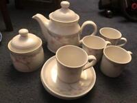 Royal Doulton Fresh Flowers Tea set
