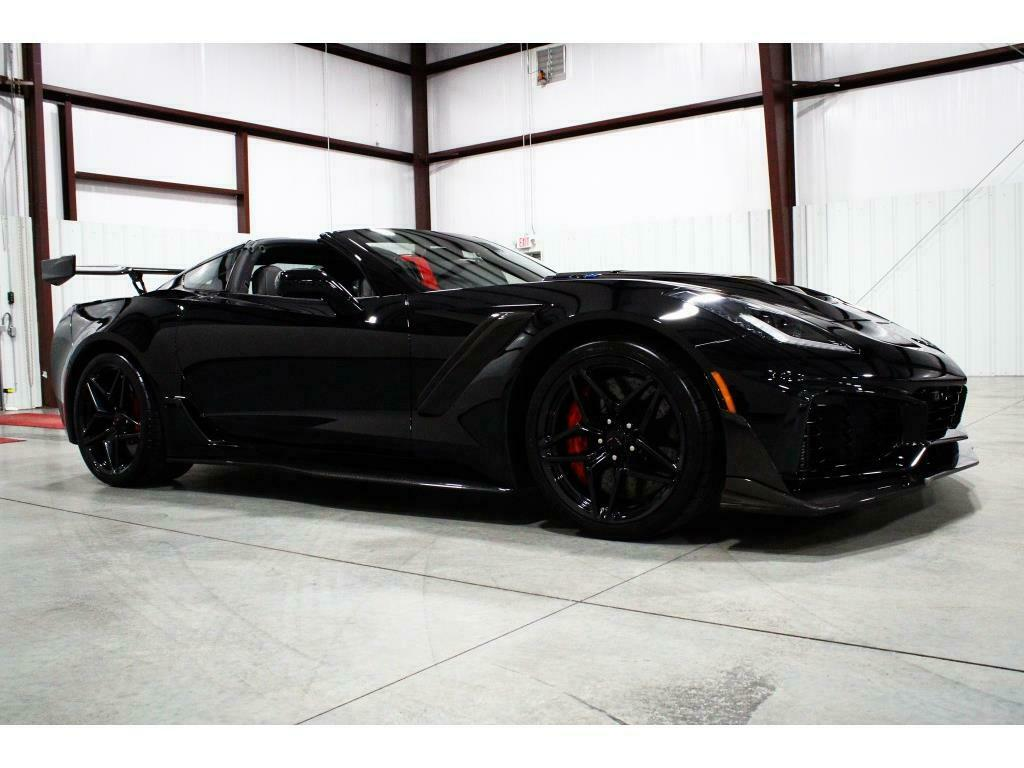 2019 Black Chevrolet Corvette ZR1 3ZR | C7 Corvette Photo 6
