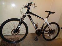 specialized hardrock aluminium mountain bike