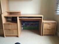 Fultons fine furnishing bedroom furniture in fabulous condition .