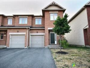 $399,999 - Townhouse for sale in Nepean