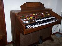 Yamaha D65 Electronic Organ and Bench