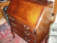 mahogany flame veneered writing/desk ,bureaux circa 1940s/70s