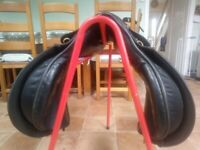 Lovatt&Ricketts hand crafted saddle £150