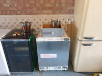 Neff Undercounter Integrated fridge in excellent condition
