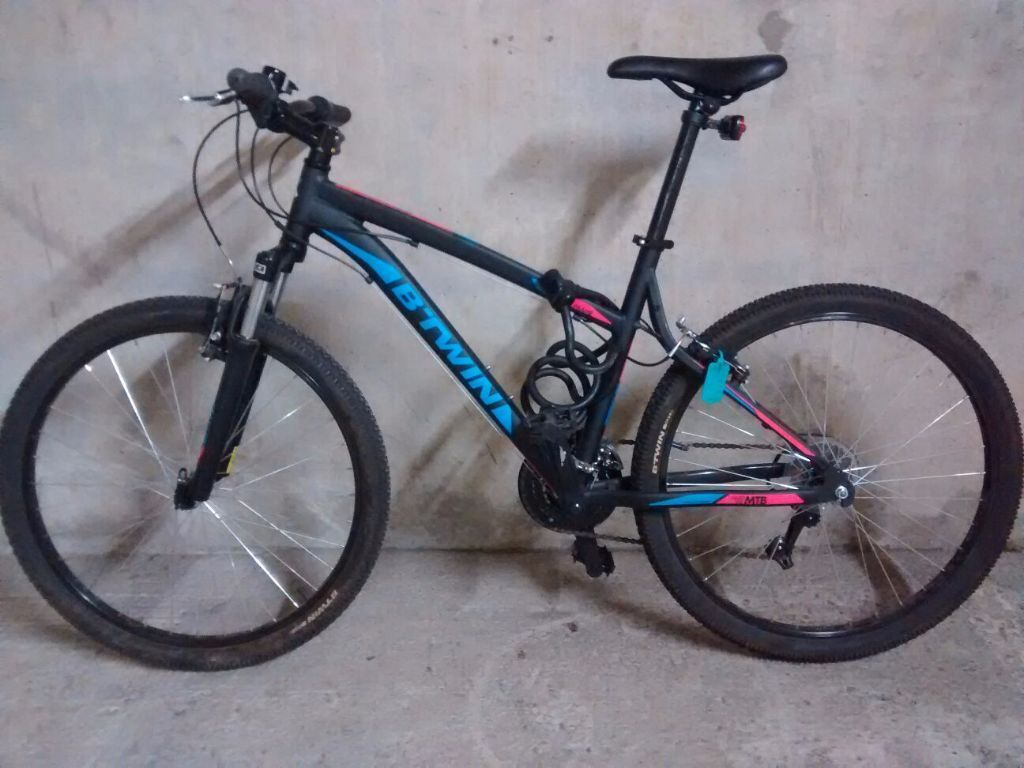 New BTWIN ROCKRIDER 340 MOUNTAIN BIKE with lock Size M  : 86 from www.gumtree.com size 1024 x 768 jpeg 90kB