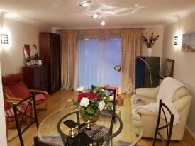 2 bedroom flat in Campania Building, London, E1W