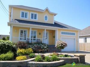 349 000$ - Maison 2 étages à vendre à Rimouski