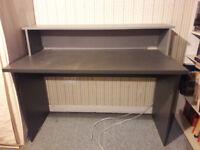 Desk - Free to uplift