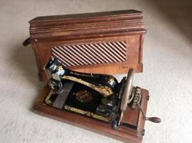 Antique Singer Sewing Machine 1900
