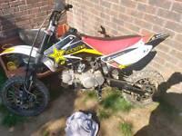 Lifan 110cc stomp pitbike