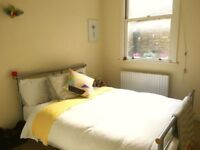 Lovely room in cosy shared flat