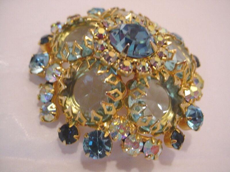 Vtg Juliana D&E Blue & Aurora Borealis Rhinestone Domed Gold Tone Pin / Brooch