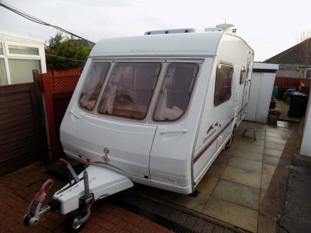 Used Caravan for sale. Chrisma 560 2004 (4 berth) with ...