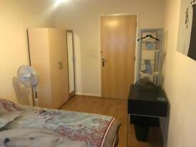 Large single room in southgate £110p/w all incl