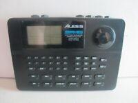 Alesis SR-16 Drum Machine (046600053597)