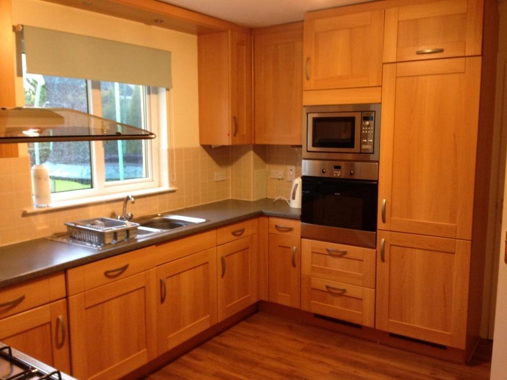 Beech noblessa fitted kitchen units buy sale and trade ads for Kitchen units sa