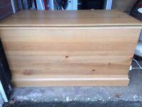 Large Pine Ottoman/Blanket box