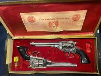 The Apache Calibre .44 Vintage Toy Cap Guns