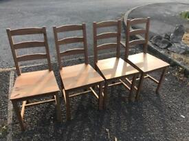 Set of 4 dinning chairs