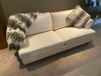 Stunning Contemporary Cream Sofa, Super Comfortable & Quality Build from Arighi Bianci Italian Range