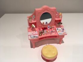 Sylvanian Family Pink Dressing Table