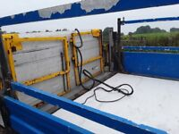 ratcliff palfinger tail lift body 13 feet + with wireing loom