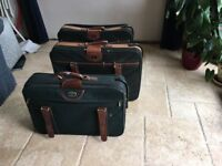 3 X Antler wheeled suitcases Green & Tan