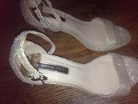 Ladies Dorothy Perkins Shoes. Size 5
