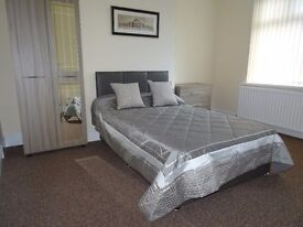 Studio room in shared house with En -Suite Bills included