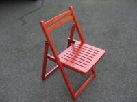 Fold way chair.