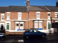 CLOSE TO STATION/CITY CENTRE NR1 4BW SELF CONTAINED 1 BED FLAT no upfront fees, owner letting